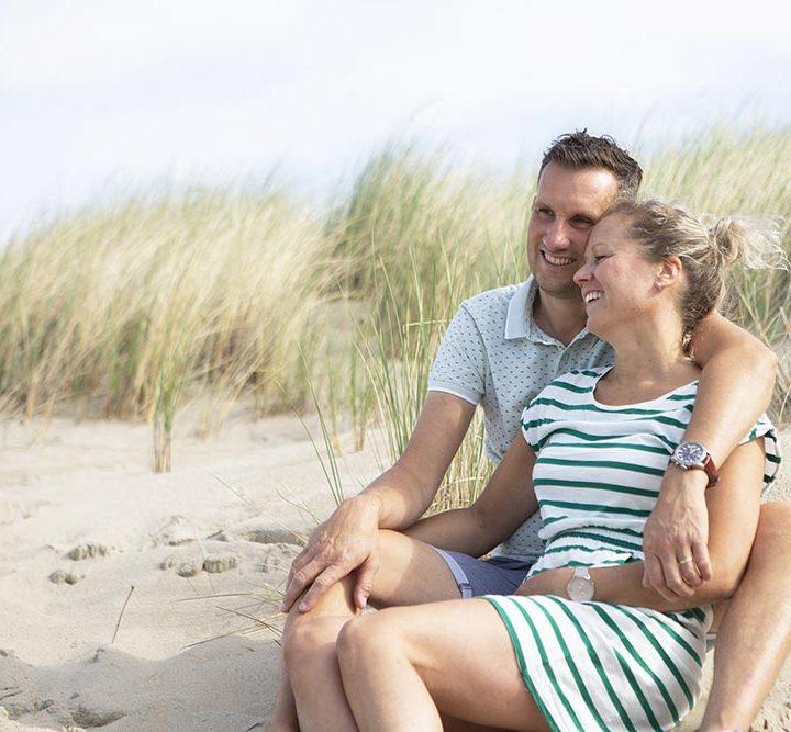 Fotoshoot strand Zoutelande 'loveshoot'